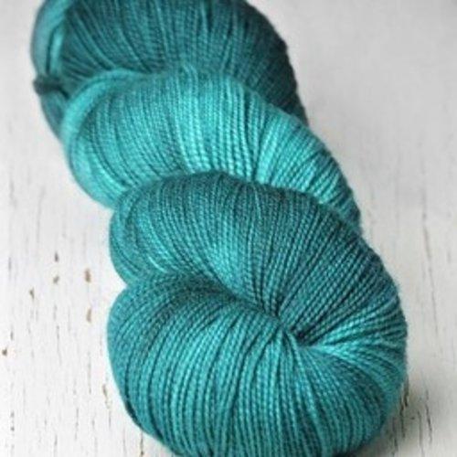 Meadowcroft Dyeworks Rockshelter Sock Blues (2)