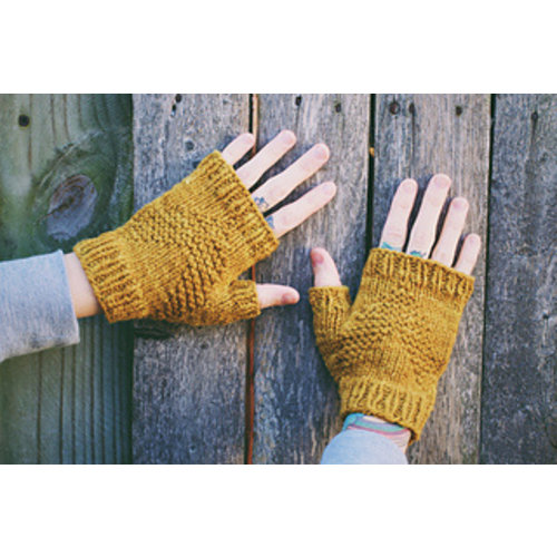 Dreareneeknits North Country Mitts Pamphlet