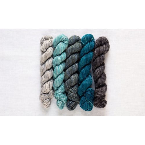 Manos Fino Mini-Skein Kit