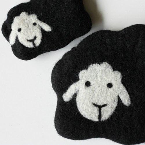 Frabjous Fibers Mama and Baby Sheep Notions Bag