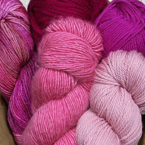 Worsted or Aran weight yarn