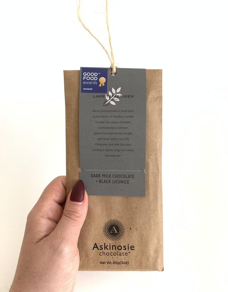 ASKINOSIE Milk Chocolate + Black Licorice Collabaration Bar