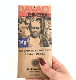 ASKINOSIE 62% Davao Dark Milk Chocolate + Fleur De Sel Sea Salt Bar