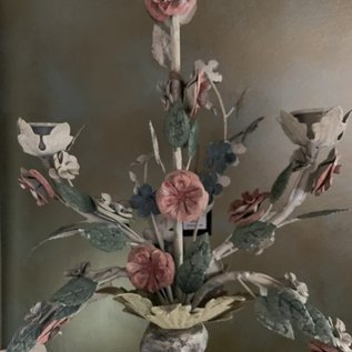 Candelabra Rustic w Flowers