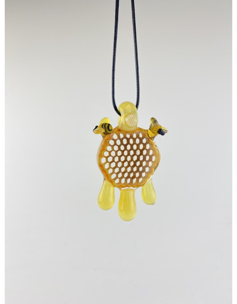 Joe P Pendant: Large Honey w/ 2 bees and small millie on bale