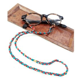 feb19 Nepal, Bead and Sari Eye Glass Holder