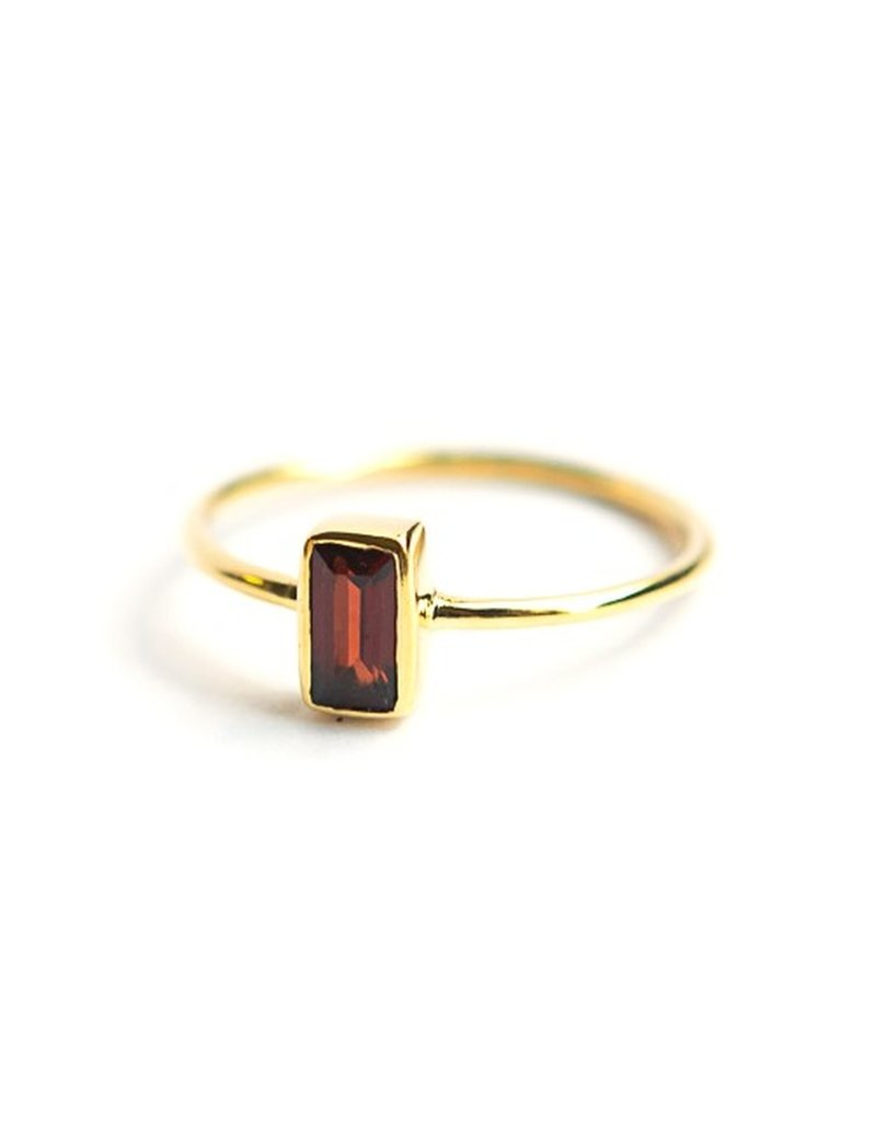 India, Prism Ring Crystal