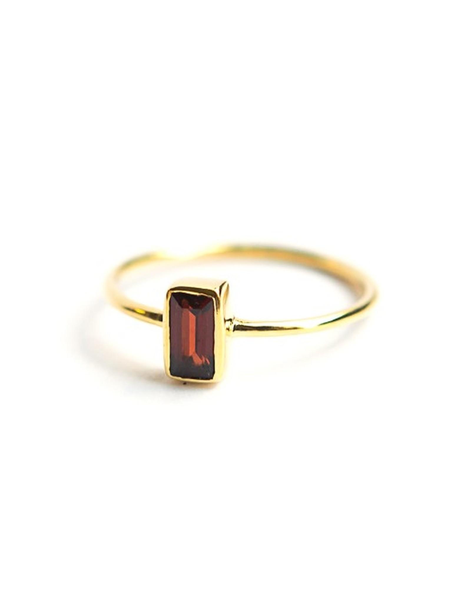 Prism Ring Crystal Gold Plated Garnet 6