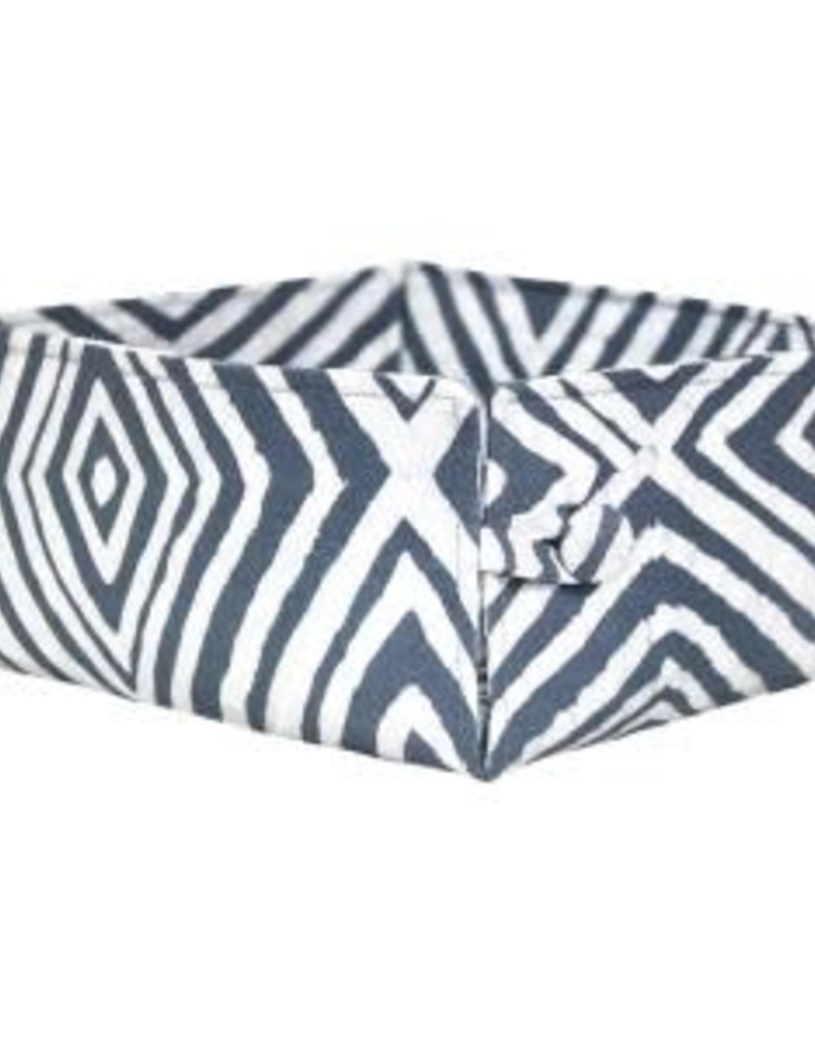 Ghana, Button Basket, Silver Diamonds