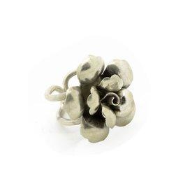 Karen 96% Sterling Silver Flower Ring