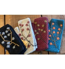 Embroidered Armwarmers