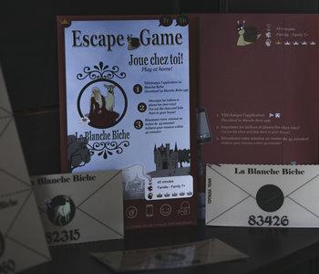 Escape Game: Joue Chez Toi!: La Blanche Biche (ML)