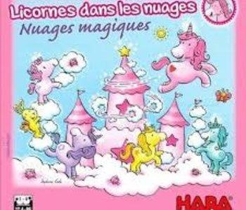 Licornes Dans Les Nuages: Nuages Magiques (FR)