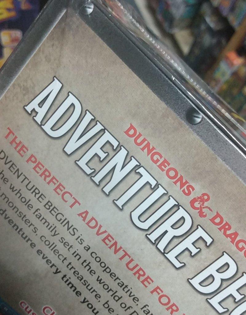 Hasbro Games Dungeons & Dragons: Adventure Begins (EN)Boite Endommagée