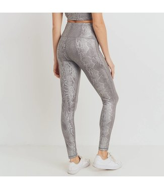 Natty Grace Sizzlin' Silver Snakeskin Leggings