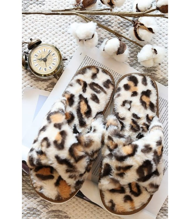 Natty Grace Cheetah Girl Fur Slippers