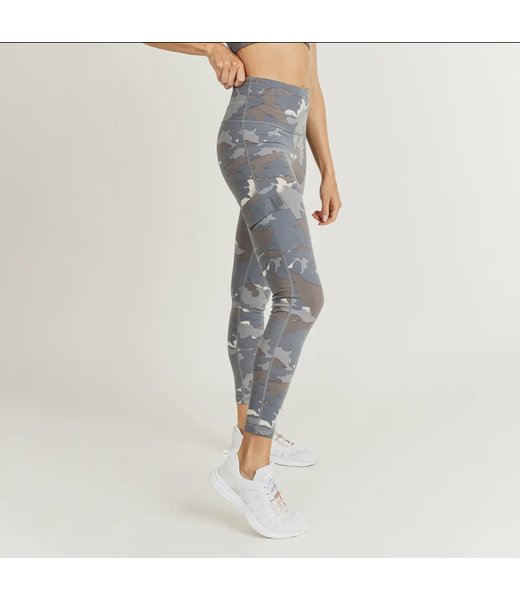Natty Grace You Can't See Me Camo Highwaist Cargo Leggings