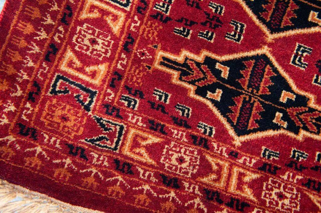 2 ½' x 4' Indian Handmade Red Tribal Pashmina Rug