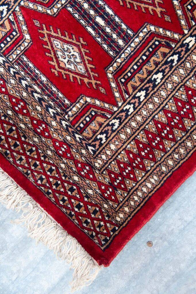 2 ½' x 8' Indian Handmade Bright Red Cashmere Rug