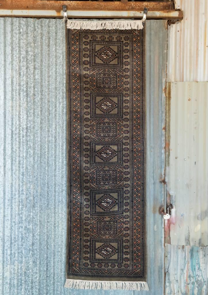 2 ½' x 8' Indian Handmade Grey/Orange Cashmere Rug