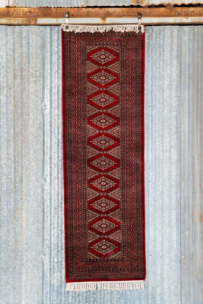 2 ½' x 8' Indian Handmade Red Traditional Cashmere Rug