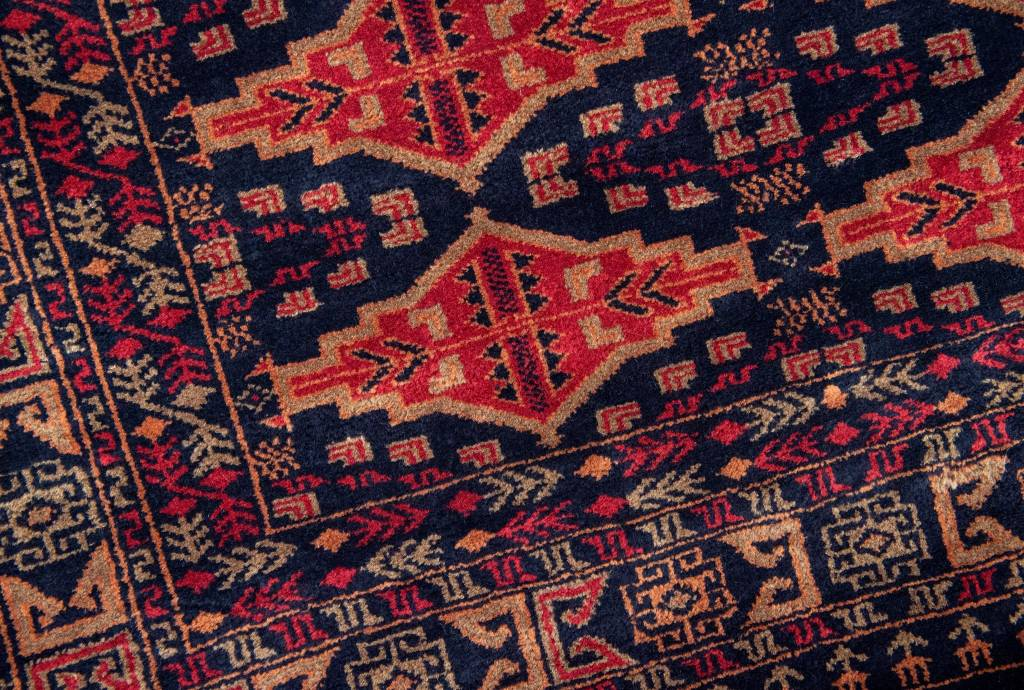 6' x 4' Indian Handmade Red/Black Pashmina Rug