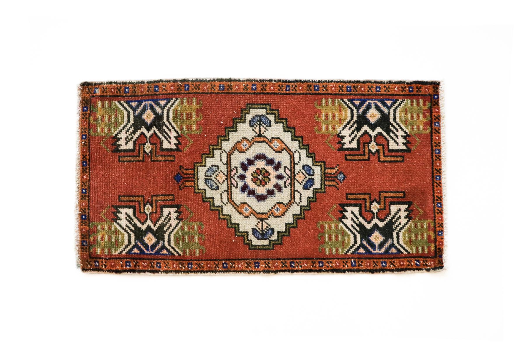 Handmade Vintage Turkish Kilim Rug - Red and Orange