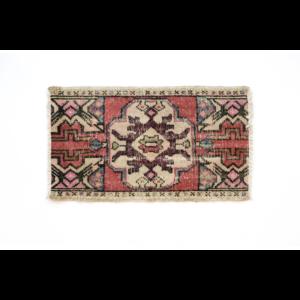 Handmade Vintage Turkish Kilim Rug - Red and White