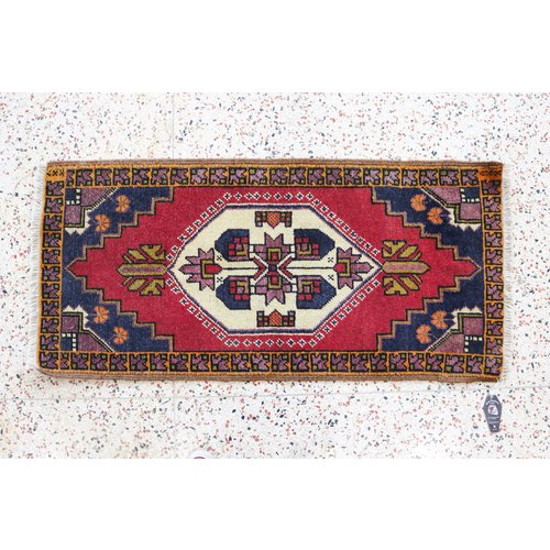 dps new Turkish hands-on vintage rug -19 x 35