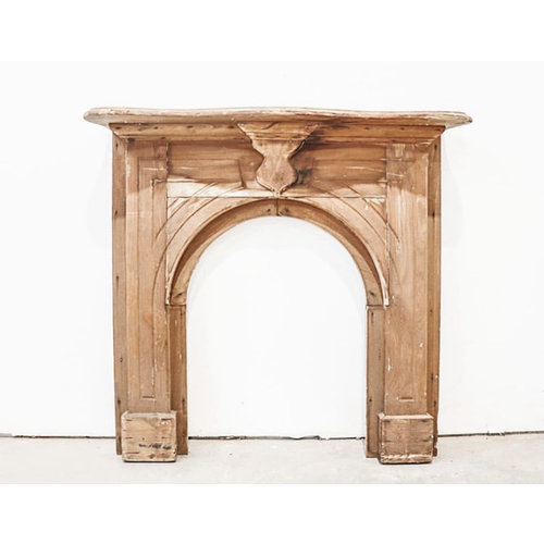 Wooden Arts & Crafts Mantel