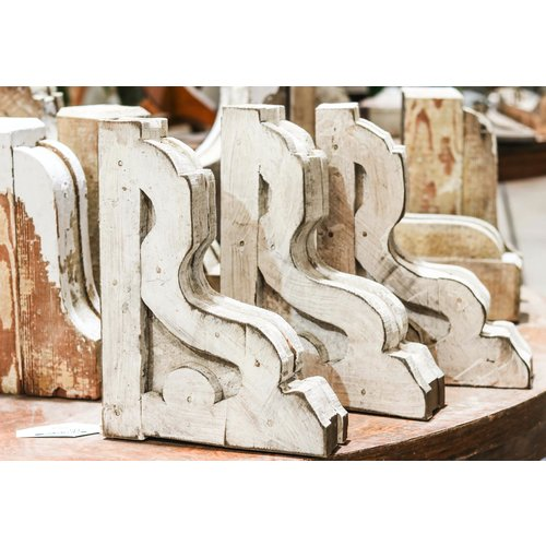Small White Corbels