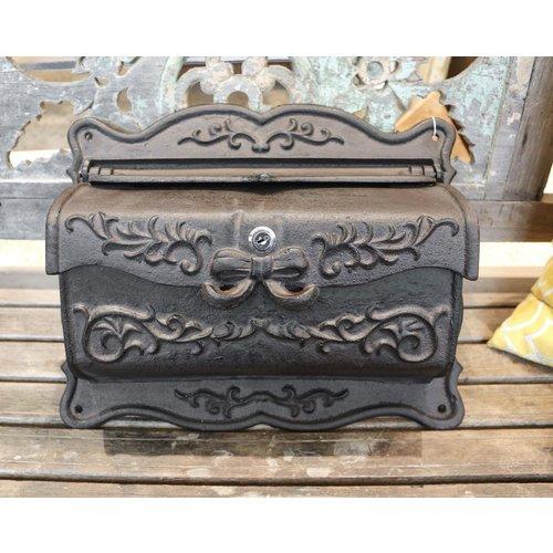 Mailbox w/ lock