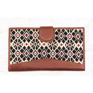 Marshe The Perfect Touch of Pink Clutch- Marshé Leather