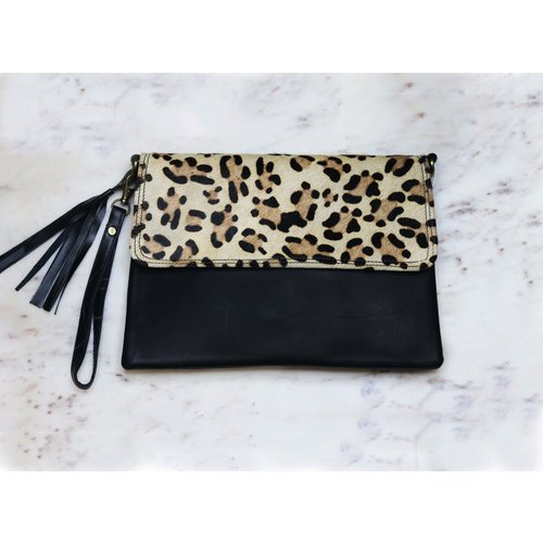 Cheetah Clutch & Crossbody Marshé Black Leather