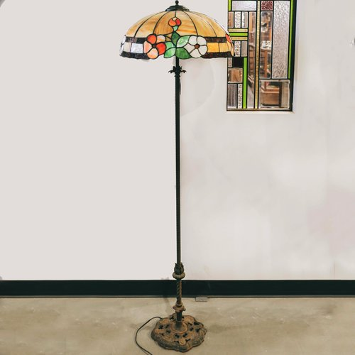 Standing Brass lamp with Stained Glass Shade