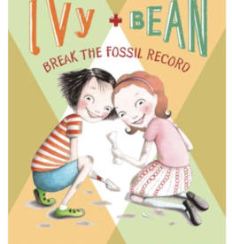 Chronicle Books Ivy and Bean Break the Fossil Record #3