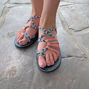 Vines X-Style Flat Sandal