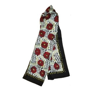 Rose and Teardrop Scarf