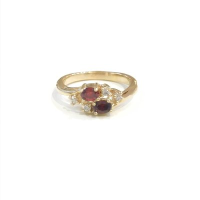 Gold January Birthstone Ring SZ 8