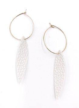 Cecelia 12k Gold Genuine Leather Pearl Hoops