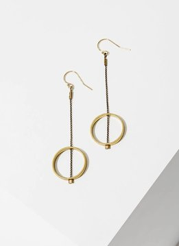 Brass Threaded Horizon Circle Earrings