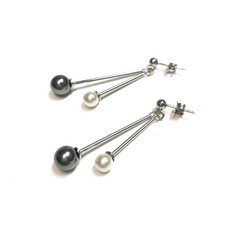 Qualita In Argento Italian Sterling Gray and Beige Freshwater Pearl Earrings