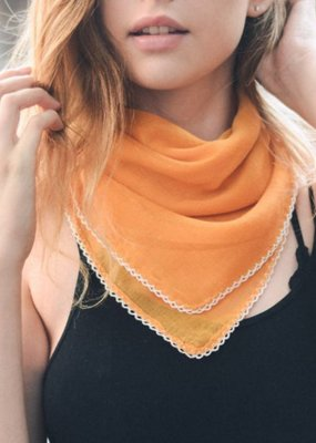 Melon Scallop Stitch Trim Bandana Square Scarf