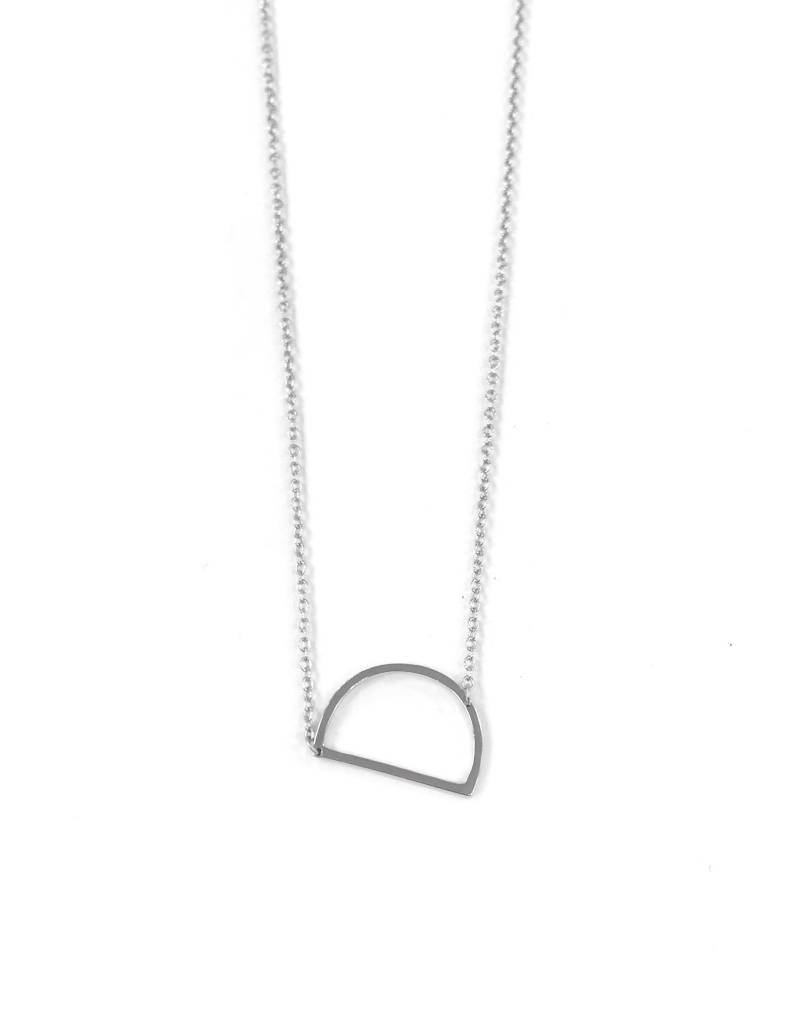 iiShii Sterling Silver Initial D Necklace