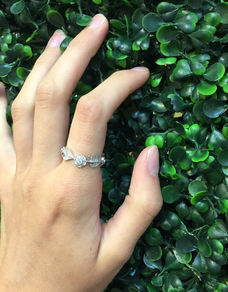 Sterling Silver Flower & Leaf CZ Pattern Ring