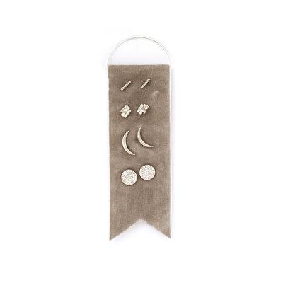 Splendid Iris 4 Sets Of Silver Earrings On Grey Velvet Ribbon