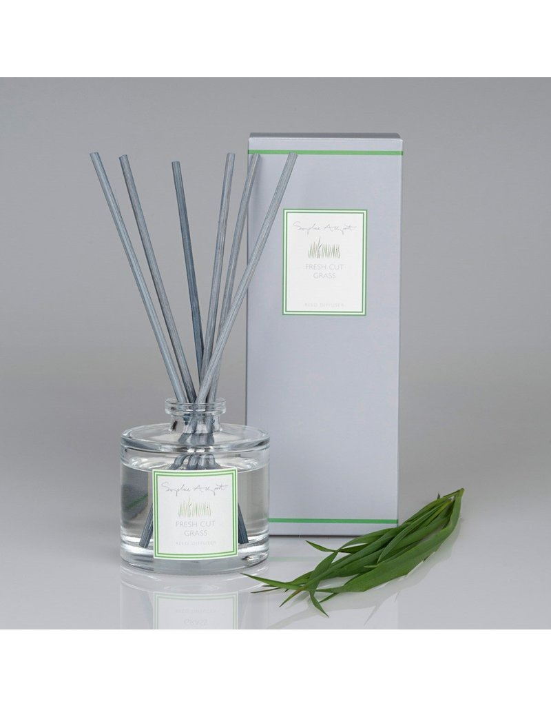Fresh Cut Grass Scented Reed Diffuser 100mL