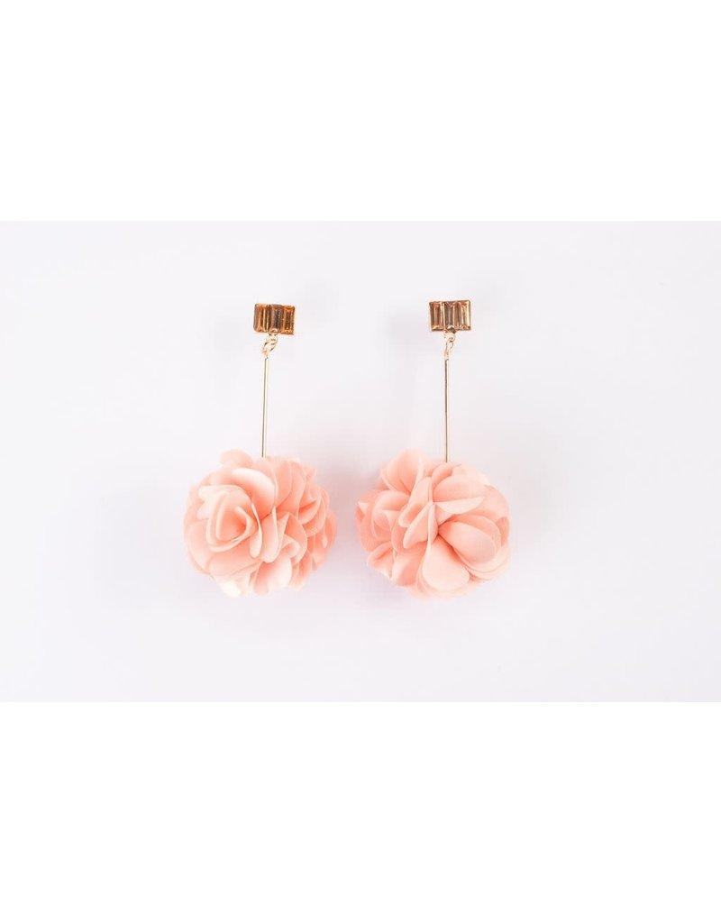 Violet & Brooks Olivia Crystal Bar Fluff Earring Rose