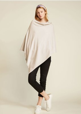 Look By M Basic Ivory Triangle Poncho