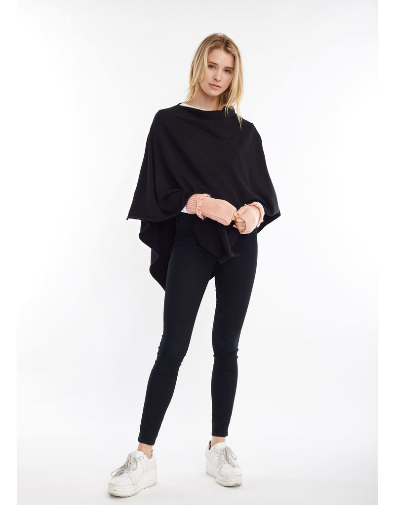 Look By M Basic Black Triangle Poncho